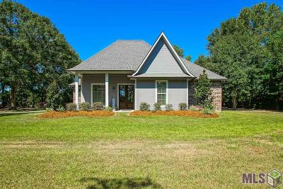 Zachary Single Family Home For Sale: 16919 Blackwater Rd