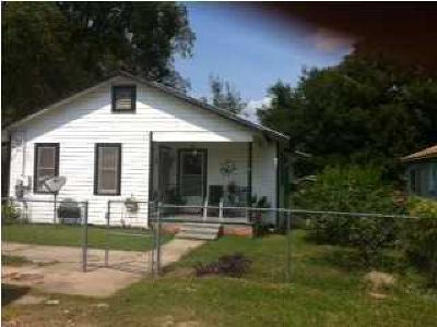 Eunice Single Family Home For Sale: 140 Mill Street