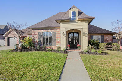 Youngsville LA Single Family Home Sale Pending: $429,000