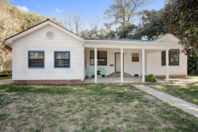Lafayette LA Single Family Home Sale Pending: $209,000