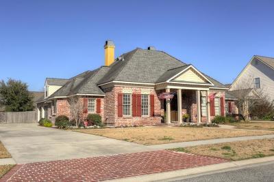 Lafayette Single Family Home For Sale: 105 Lefleur Circle