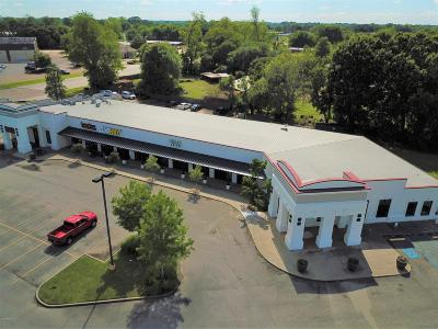 Commercial For Sale: 1209 Albertson Parkway #E