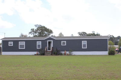 Washington Single Family Home For Sale: 229 Bluegrass Drive