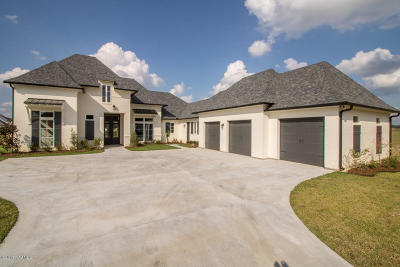 Sabal Palms Phase 2 Single Family Home Active/Contingent: 108 Rattan Way