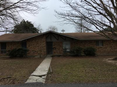 Abbeville Single Family Home Active/Contingent: 407 W St Mary