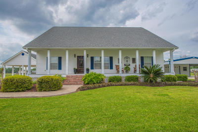 St. Martinville Single Family Home For Sale: 1010 E Laura Street