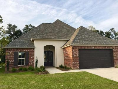 Woodlands Of Acadiana Single Family Home For Sale: 121 Olivewood Drive