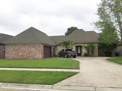 Lafayette Single Family Home For Sale: 220 Isaiah Drive