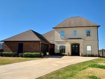 Lafayette Single Family Home For Sale: 111 Deer Run Drive