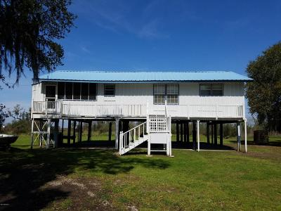 Cypremort Point Single Family Home For Sale: 2262 Hwy 319