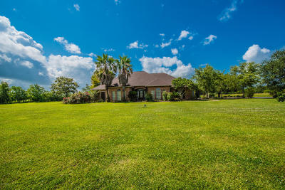 Single Family Home For Sale: 336 Superior Road