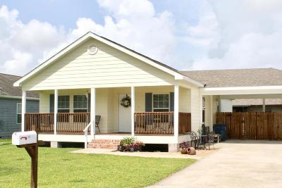 Duson Single Family Home For Sale: 211 Stoneburg Drive