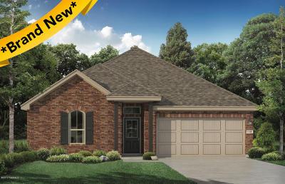 Sugar Ridge Single Family Home For Sale: 527 Cautillion Drive