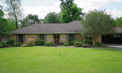 Lafayette Single Family Home For Sale: 205 Dover Drive