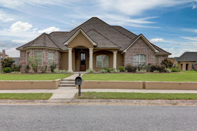 Lafayette Single Family Home Active/Contingent: 203 Dunvegan Court
