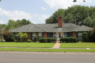 Eunice Single Family Home For Sale: 113 N Tanglewood Drive