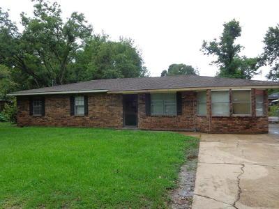 Ville Platte Single Family Home For Sale: 318 Cheryl Street