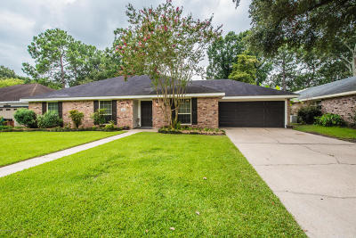 Broadmoor Terrace, Walkers Lake Single Family Home For Sale: 144 Orangewood Drive