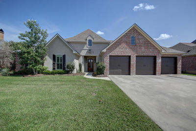 Lafayette Single Family Home For Sale: 211 Abaco