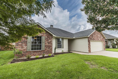 Broussard Single Family Home For Sale: 401 Sugar Trace Drive