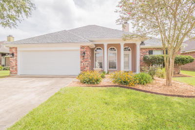 Broussard Single Family Home For Sale: 102 Pear Tree Circle