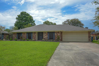 Lafayette Single Family Home For Sale: 112 Seagull Circle