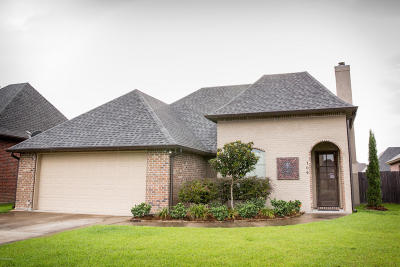 Lafayette Single Family Home For Sale: 104 Grasswalk Court