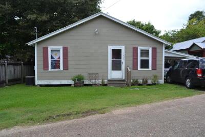 Scott Single Family Home For Sale: 1208 Victoria Street