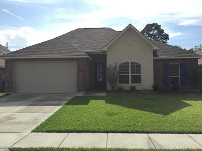 Sugar Ridge Single Family Home For Sale: 104 Mintmere Lane