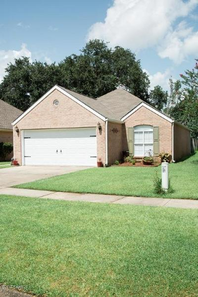 Lafayette Single Family Home For Sale: 118 Darlene Drive