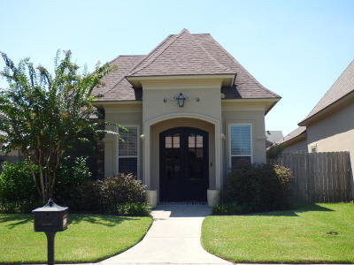 Lafayette Single Family Home For Sale: 209 Lafittes Landing Pass