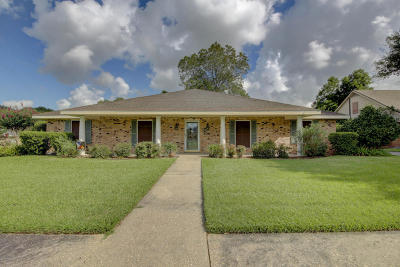 Lafayette Single Family Home For Sale: 406 W Governor Miro Drive