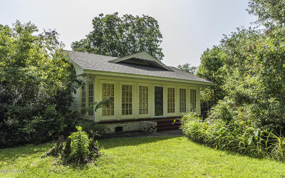 Lafayette Single Family Home For Sale: 100 Marcon Drive