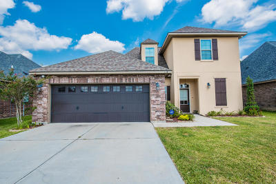 Lafayette Single Family Home For Sale: 118 Clover Leaf Drive