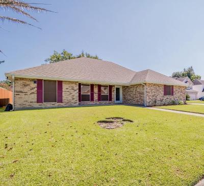 Lafayette Single Family Home For Sale: 210 Redoak Circle