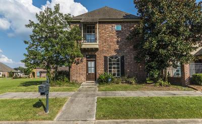 Lafayette Single Family Home For Sale: 205 Bayonne Drive