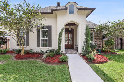broussard Single Family Home For Sale: 302 Gleneagles