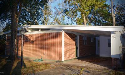 Iberia Parish Single Family Home For Sale: 303 Silver St.