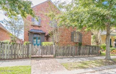 River Ranch Single Family Home For Sale: 111 Woodsboro Drive