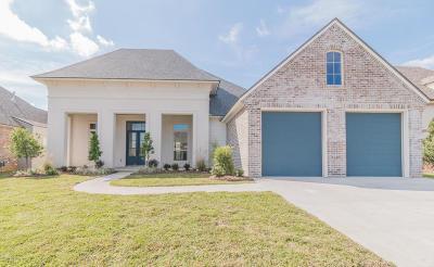 Lafayette Single Family Home For Sale: 107 Bancroft Drive