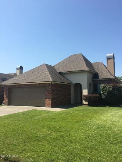 Legend Creek Single Family Home For Sale: 302 King Arthurs Way