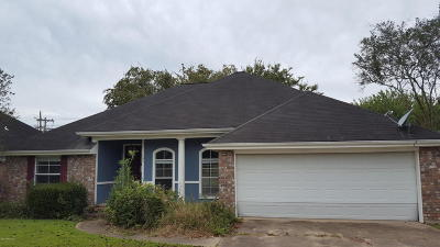 Lafayette Parish Single Family Home For Sale: 105 Bull Run Circle