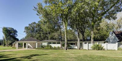 Lafayette Single Family Home Active/Contingent: 416 Demanade Drive