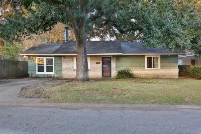 Lafayette Single Family Home For Sale: 145 Whittington Drive