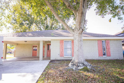 Lafayette Single Family Home For Sale: 116 Tally Ho Drive