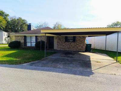 Broussard Rental For Rent: 216 Villagesquare Drive