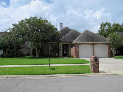 Lafayette Single Family Home For Sale: 107 Greenhaven Drive