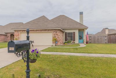 Carencro Single Family Home For Sale: 102 Feather Tail Cove