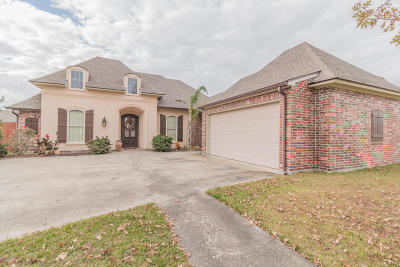 Lafayette Single Family Home For Sale: 122 Fair Grounds Drive