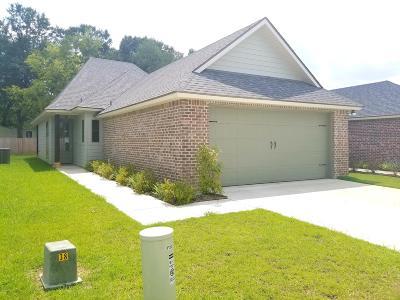 Lafayette Single Family Home For Sale: 227 Twin Meadow Lane